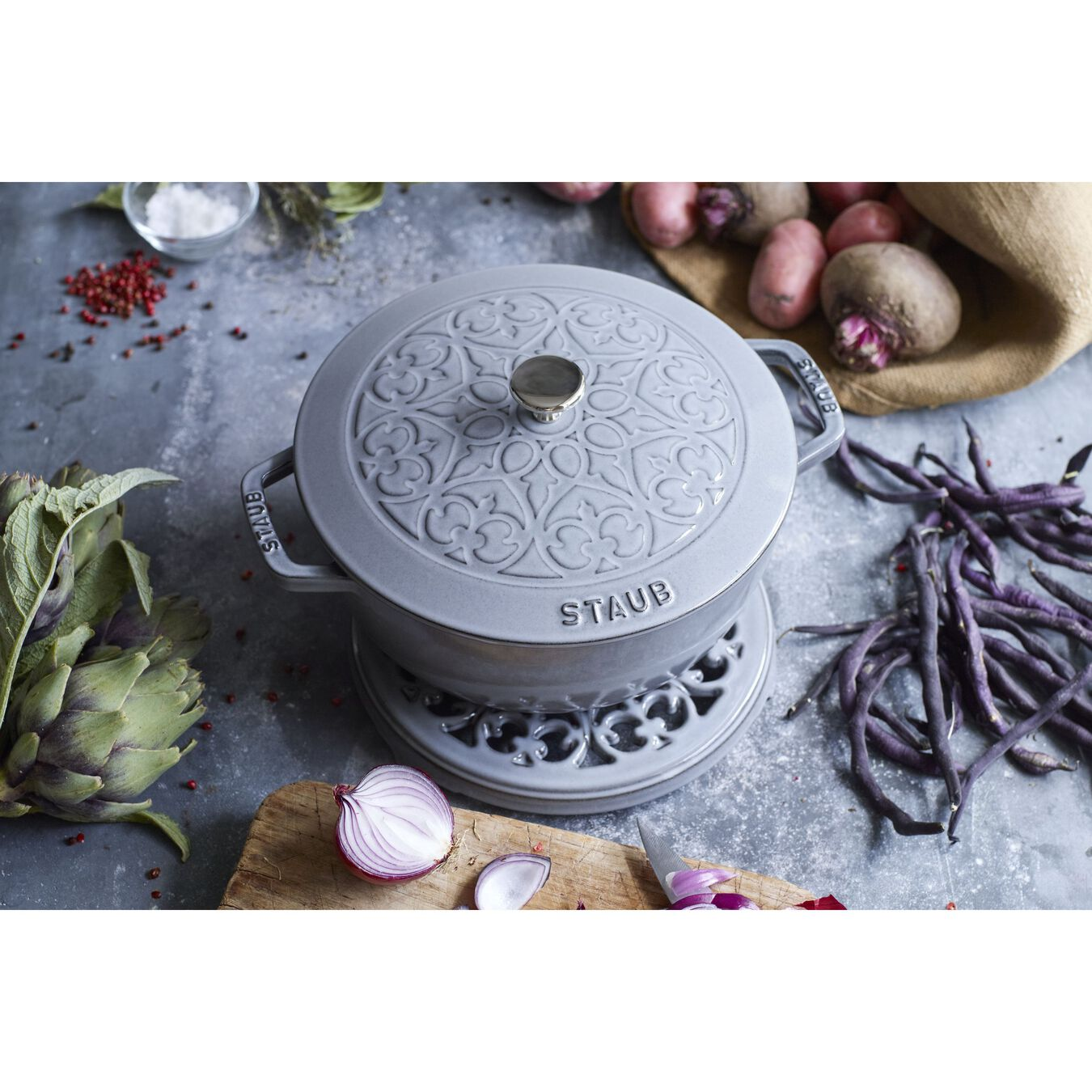 3.6 l round French Oven, lily decal, graphite-grey,,large 3