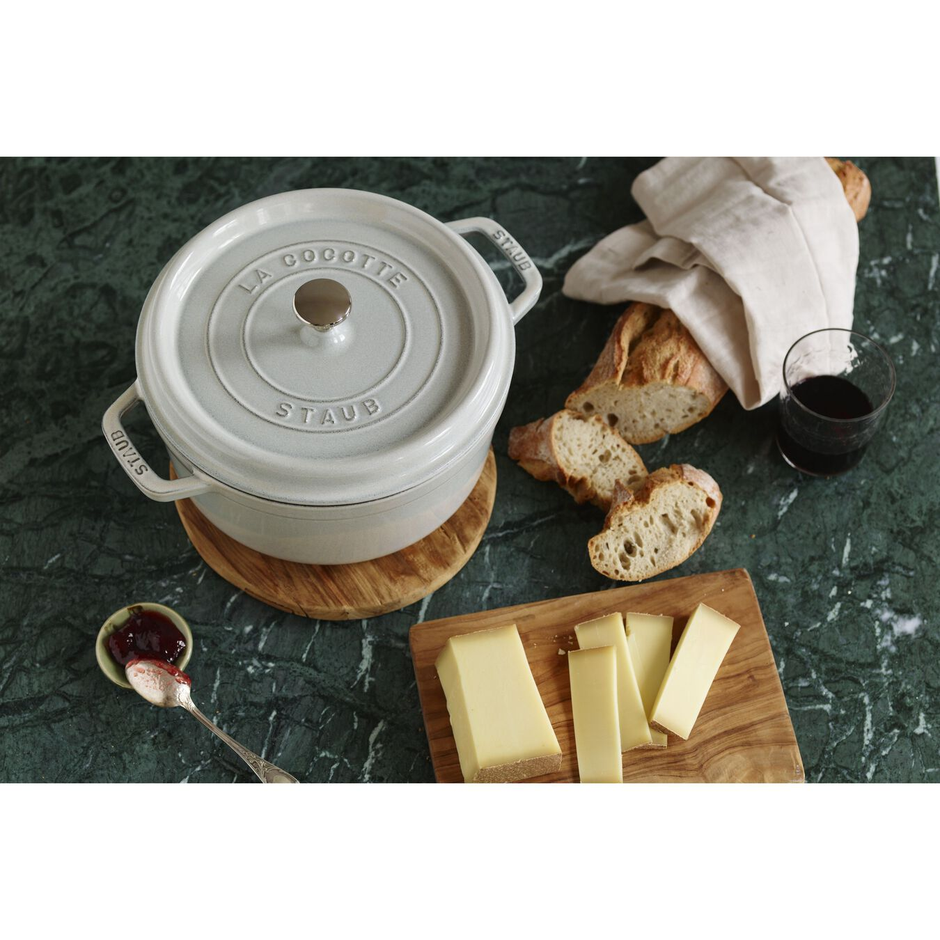4 qt, round, Cocotte, white truffle - Visual Imperfections,,large 8