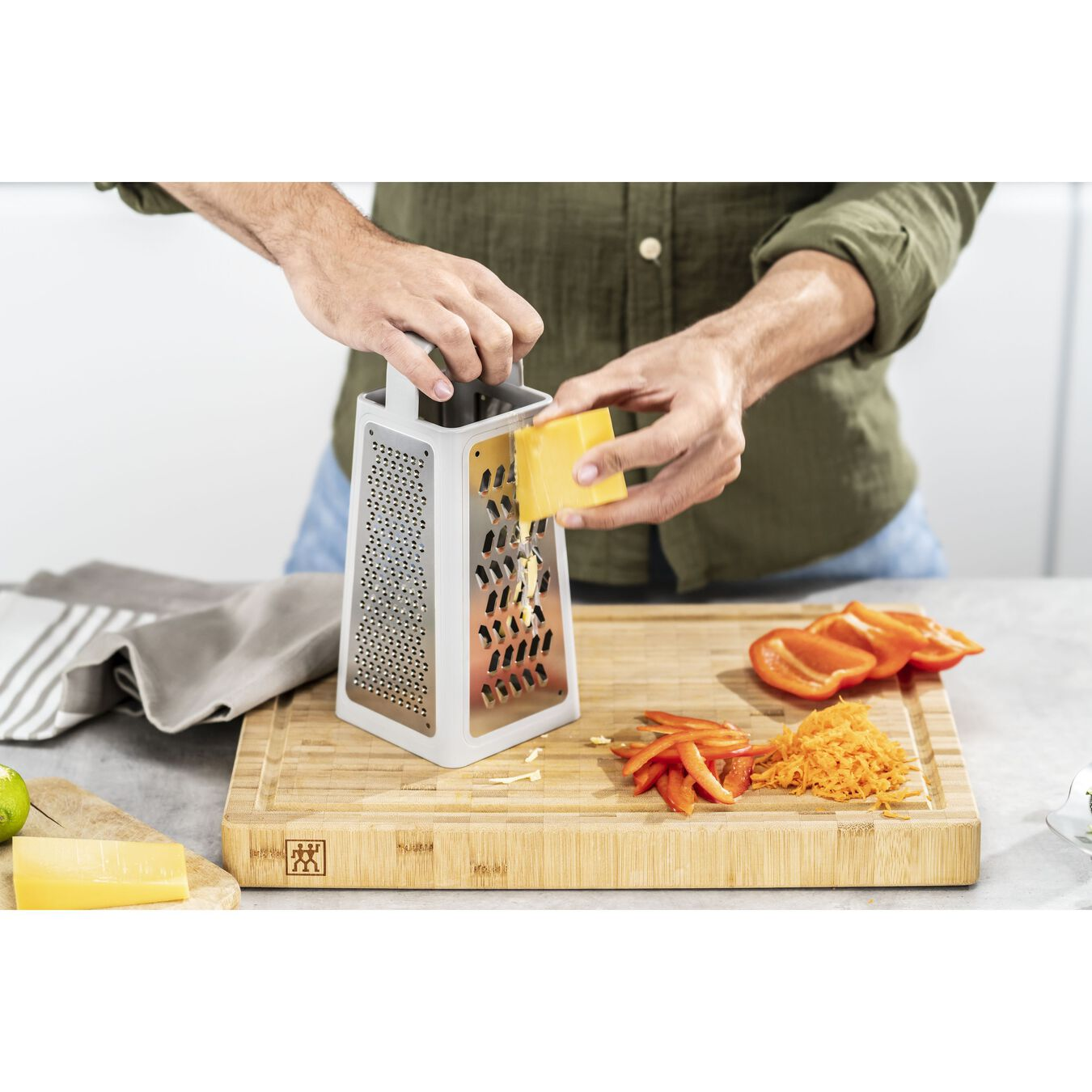 Tower grater, grey,,large 8