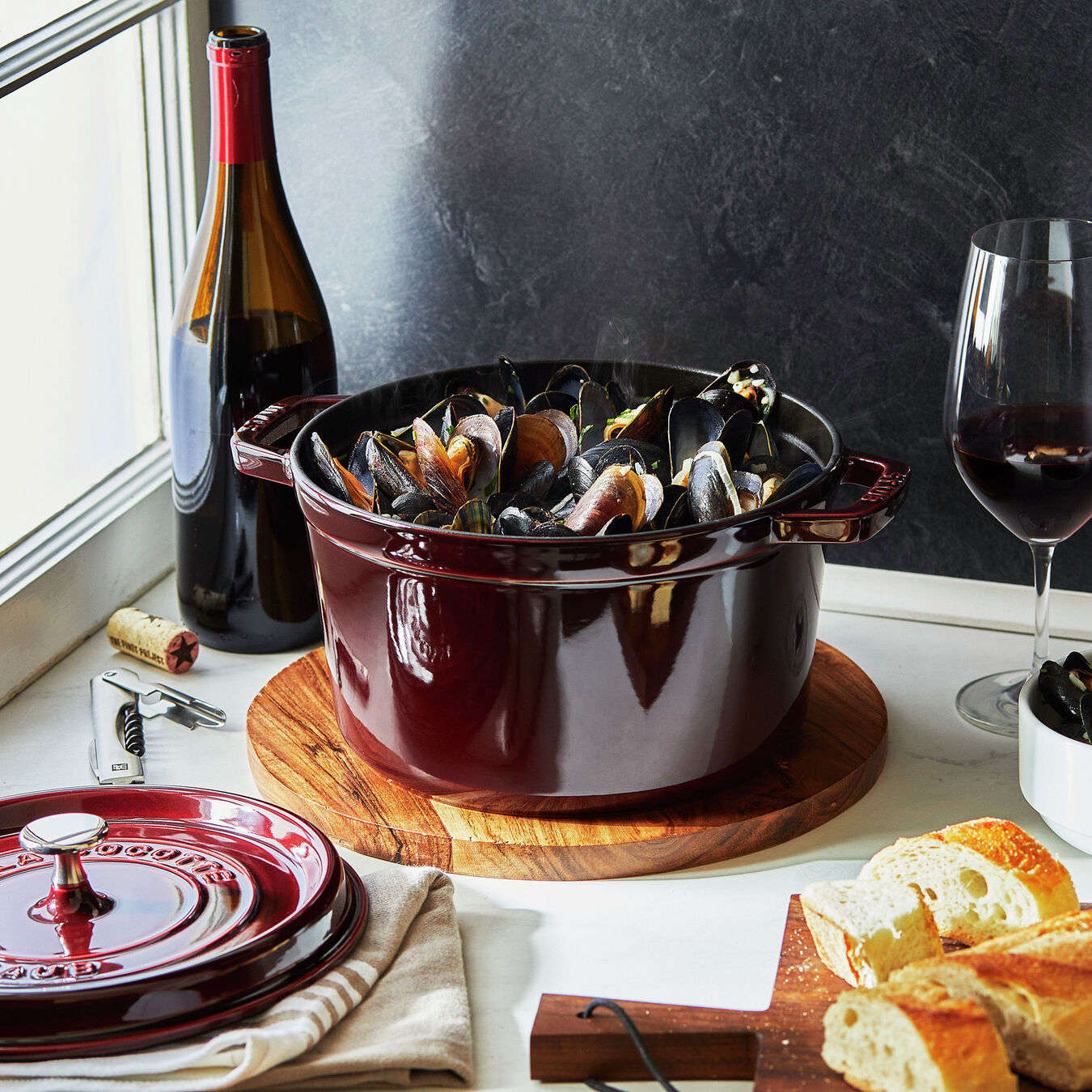 5 qt, round, Tall Cocotte, grenadine,,large 3
