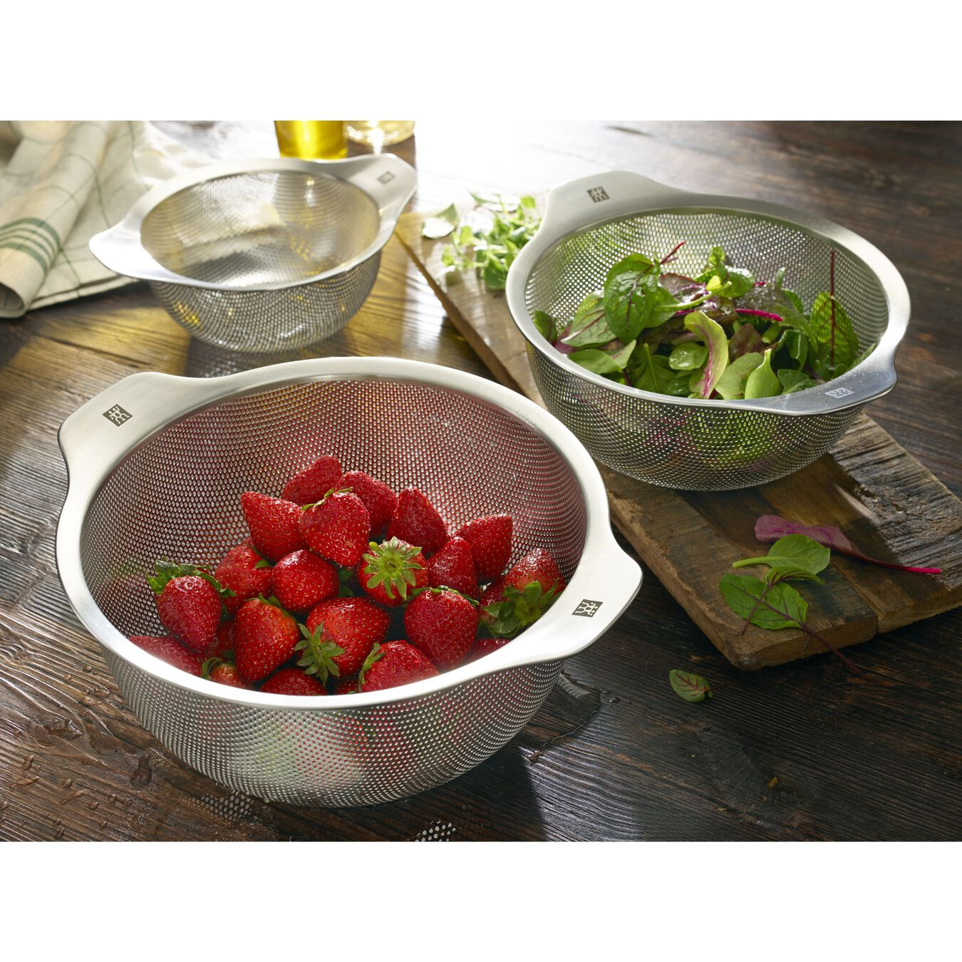 6-inch Colander, 18/10 Stainless Steel ,,large 3