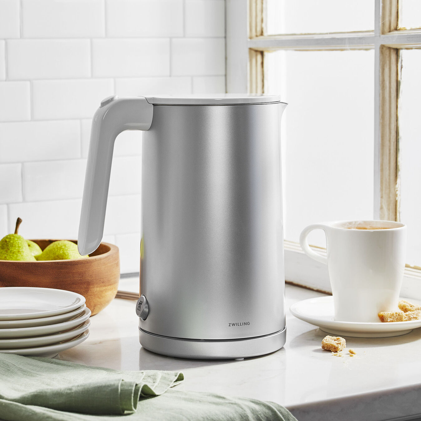 Electric kettle, Plastic | Silver | US/CA,,large 5