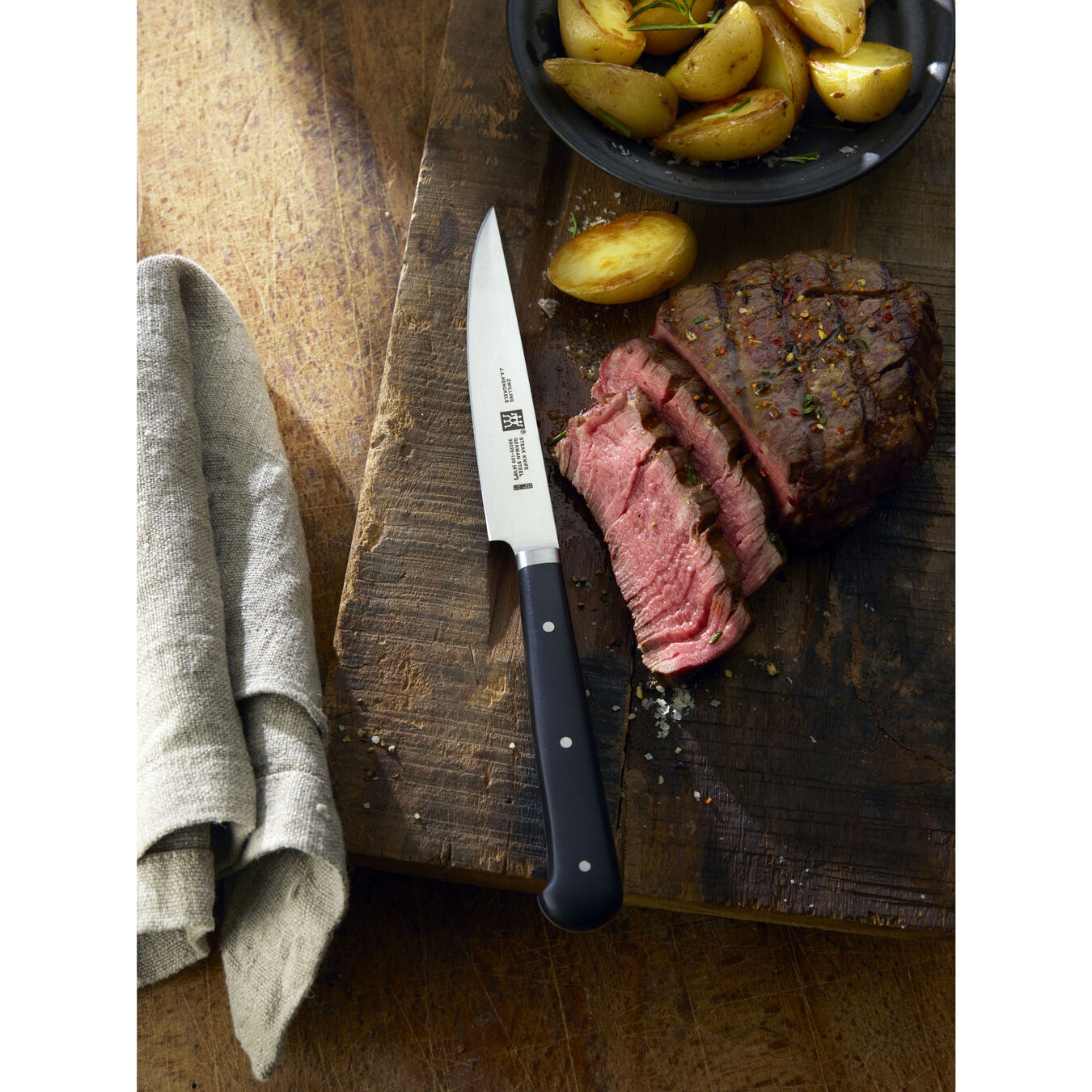 4-pc, Porterhouse steak knife set in beechwood box ,,large 7