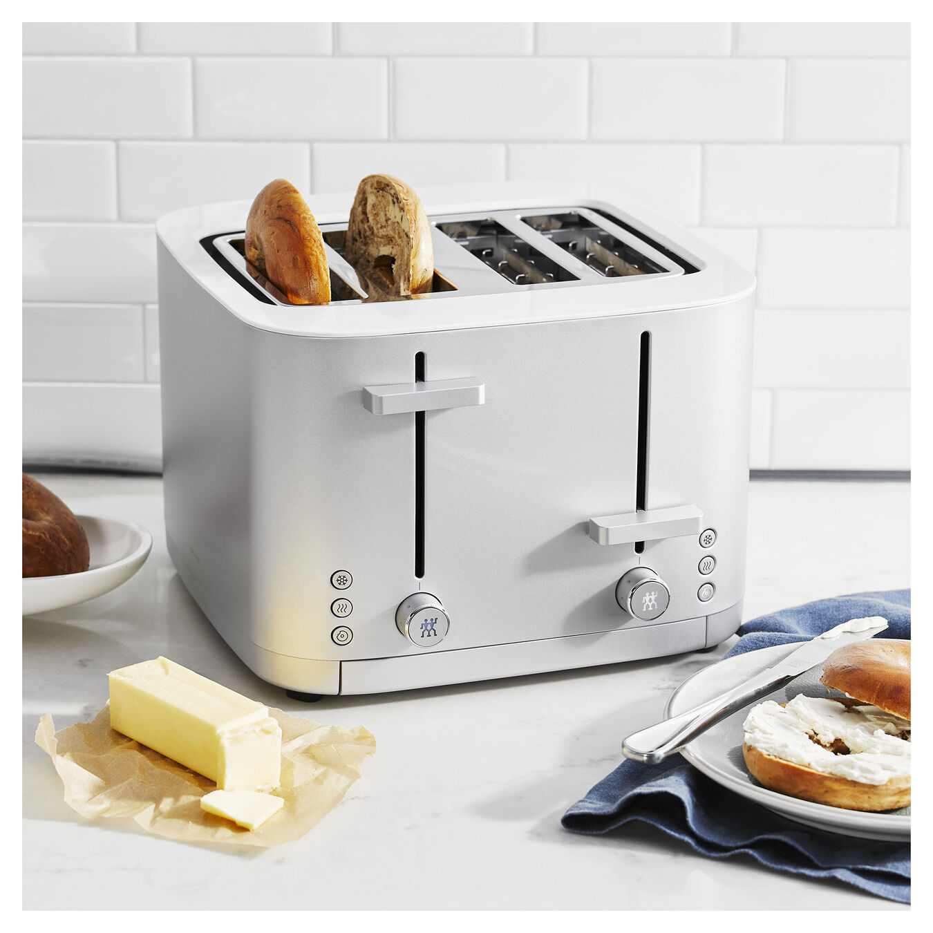 4-slot toaster,,large 4
