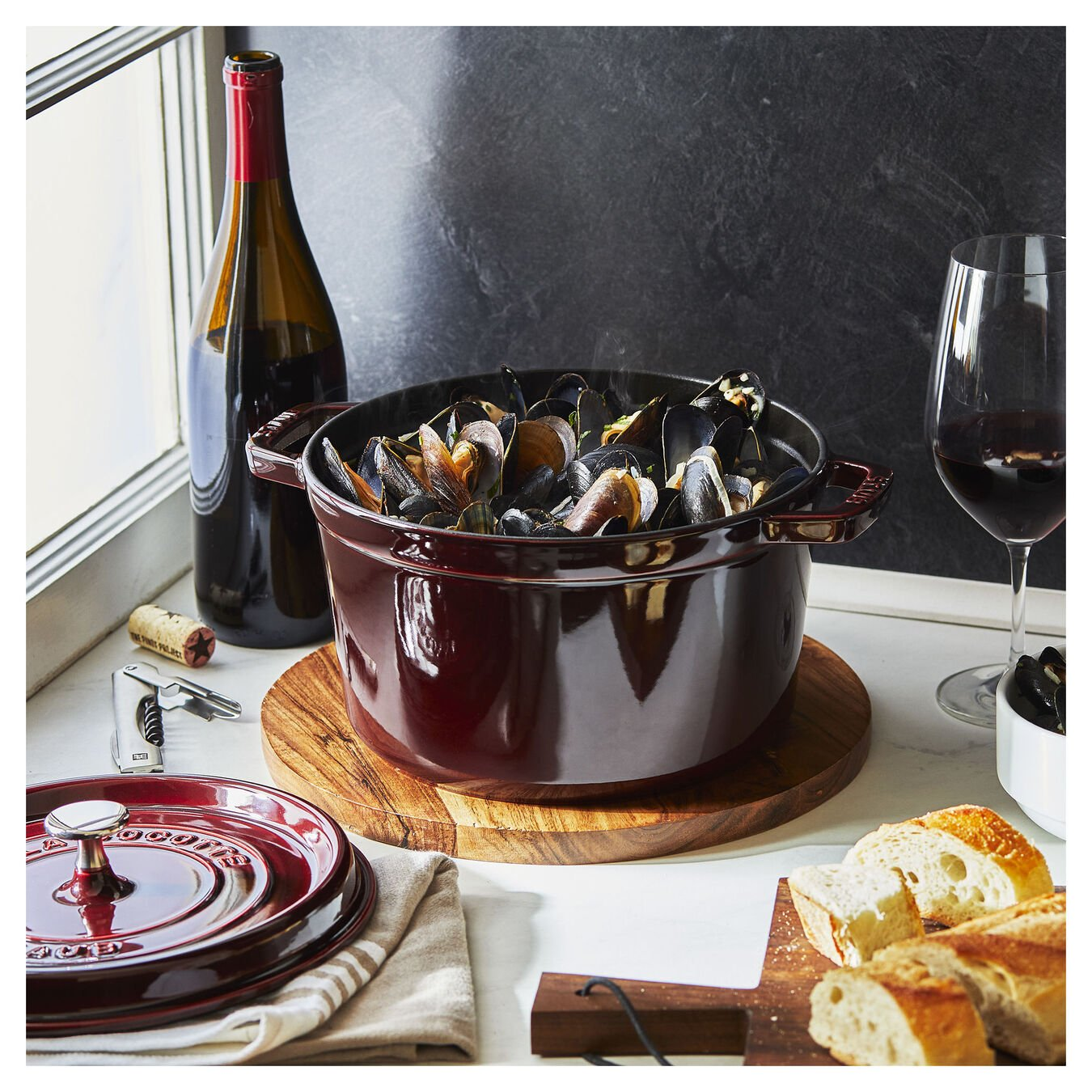 4.8 l round Tall cocotte, grenadine-red,,large 3