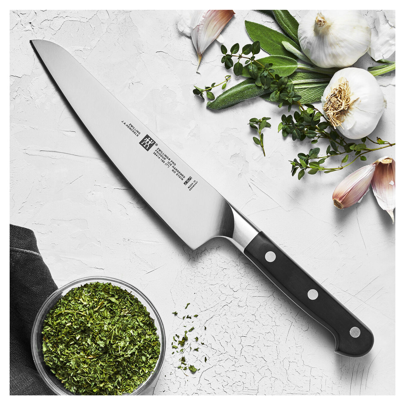 Coltello Chef compact liscio - 18 cm, forgiato,,large 2