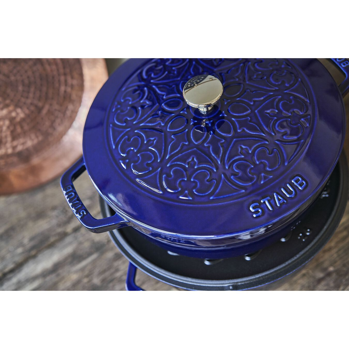 3.75-qt Essential French Oven with Lilly Lid - Dark Blue,,large 7