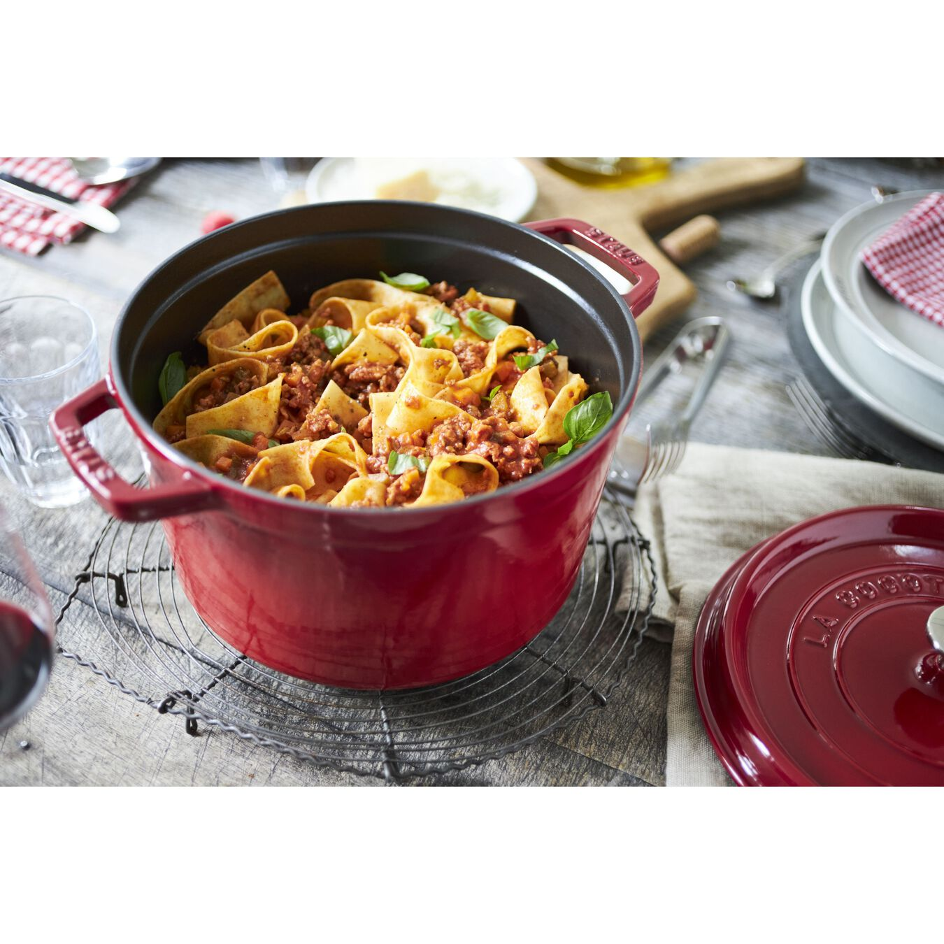 5 qt, round, Cocotte, cherry - Visual Imperfections,,large 9