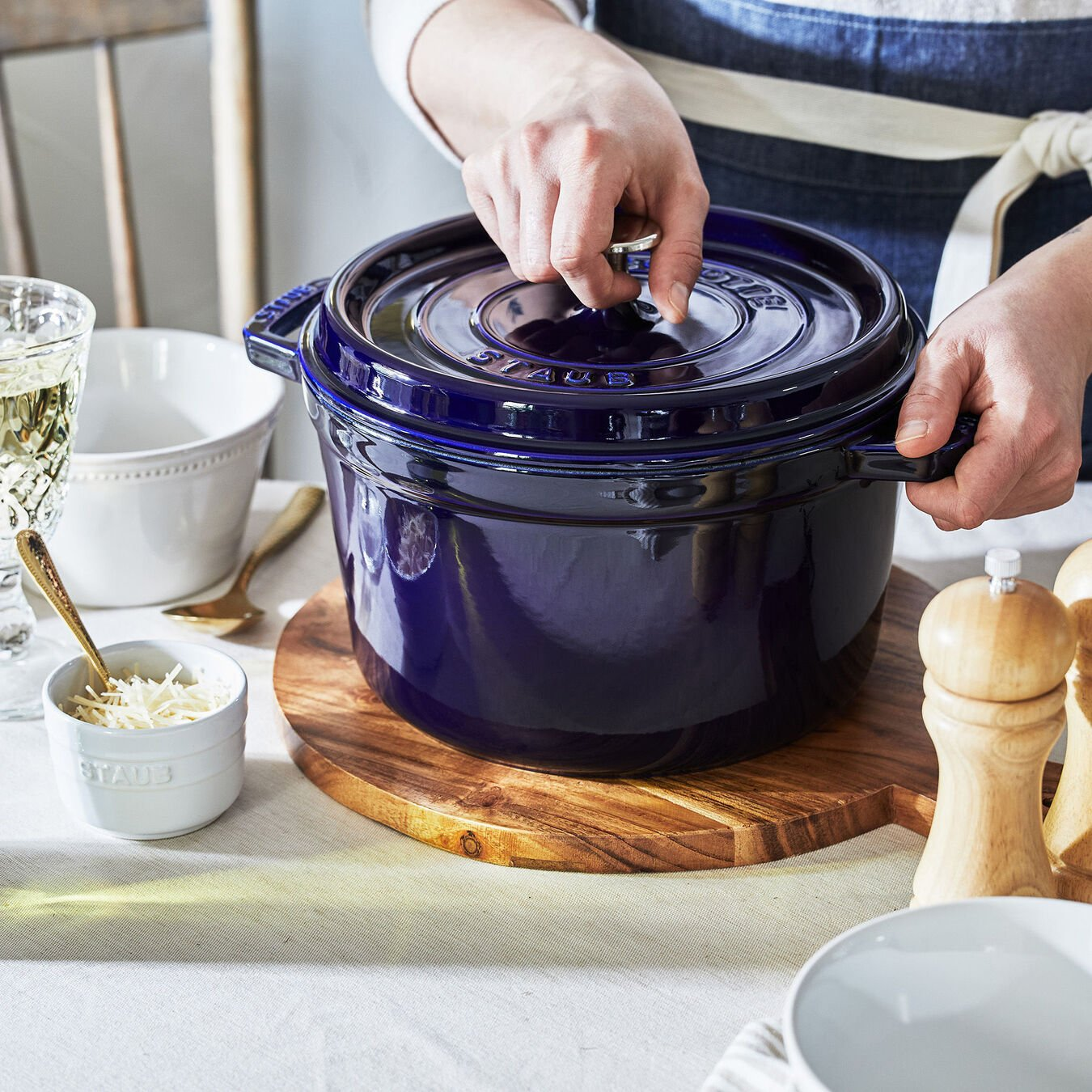 5 qt, round, Tall Cocotte, dark blue,,large 4