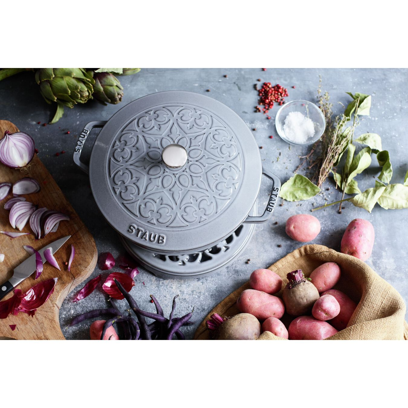 3.5 l round French Oven, lily decal, graphite-grey,,large 4