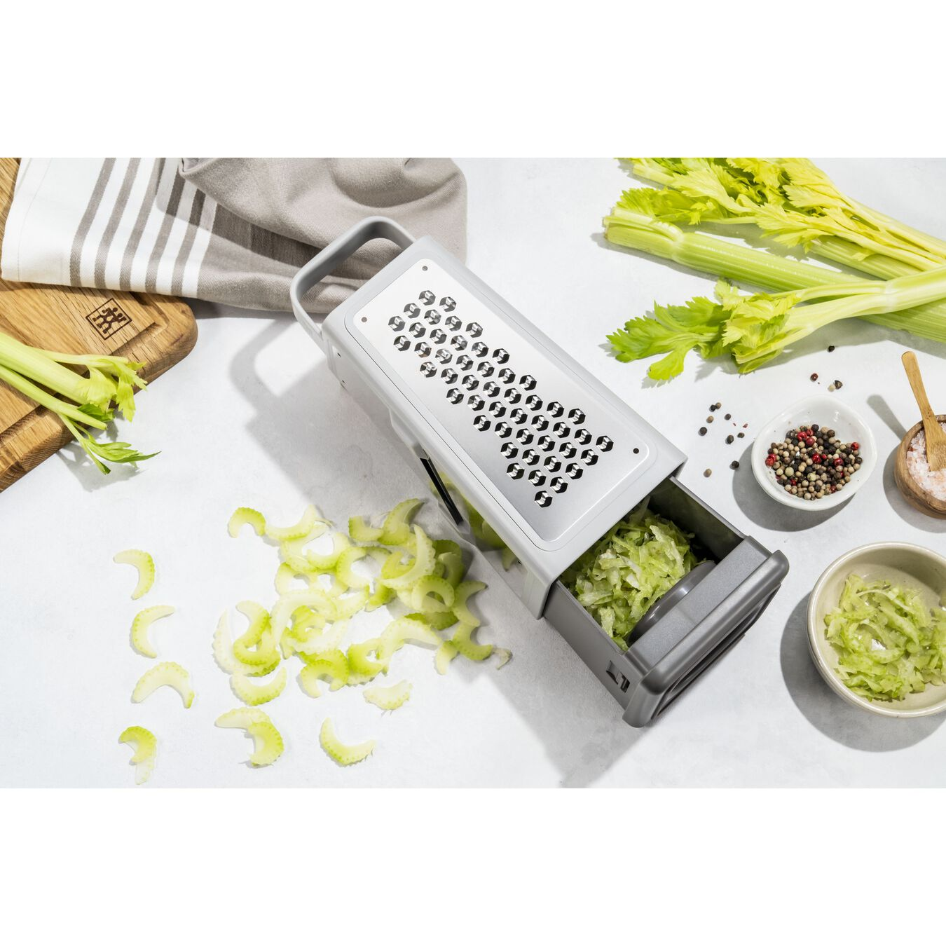 Tower grater, grey,,large 7