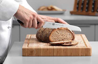 couteau à pain zwilling