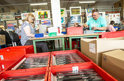 ZWILLING J.A. HENCKELS cooperation with workshops for disabled people